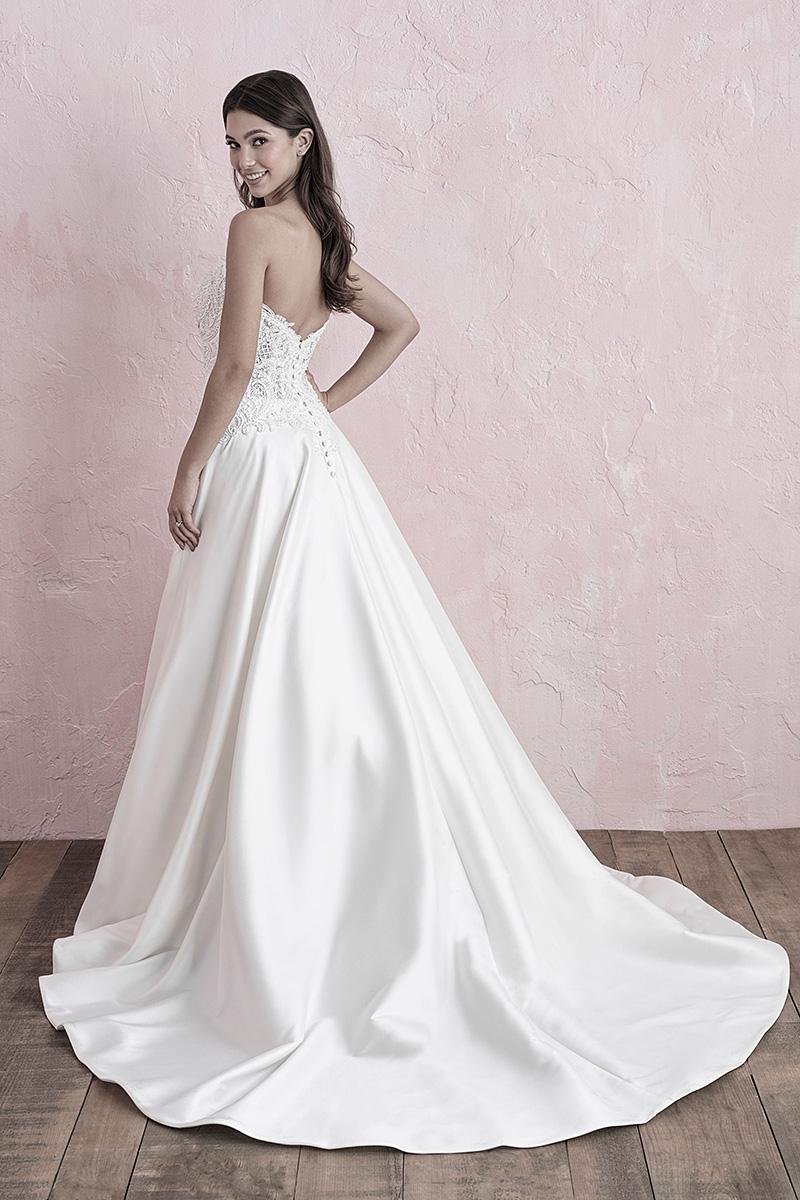 3261 Allure wedding Dress White