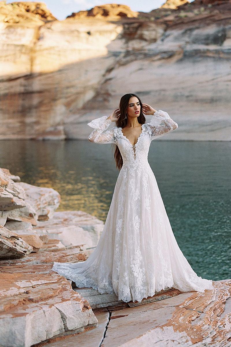 F195 Gwenyth sheer sleeves wedding dress