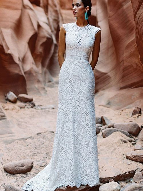 Wilderly Bride F196 simple cut Wedding-Dress