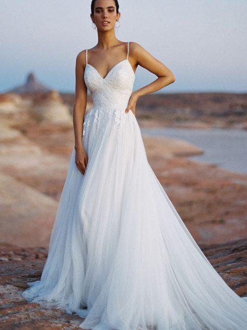 Charlotte Flowing Tulle Skirt Wedding Dress F191